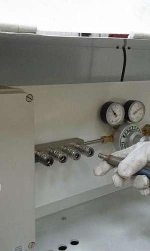 Manutenção em compressor de alta pressão